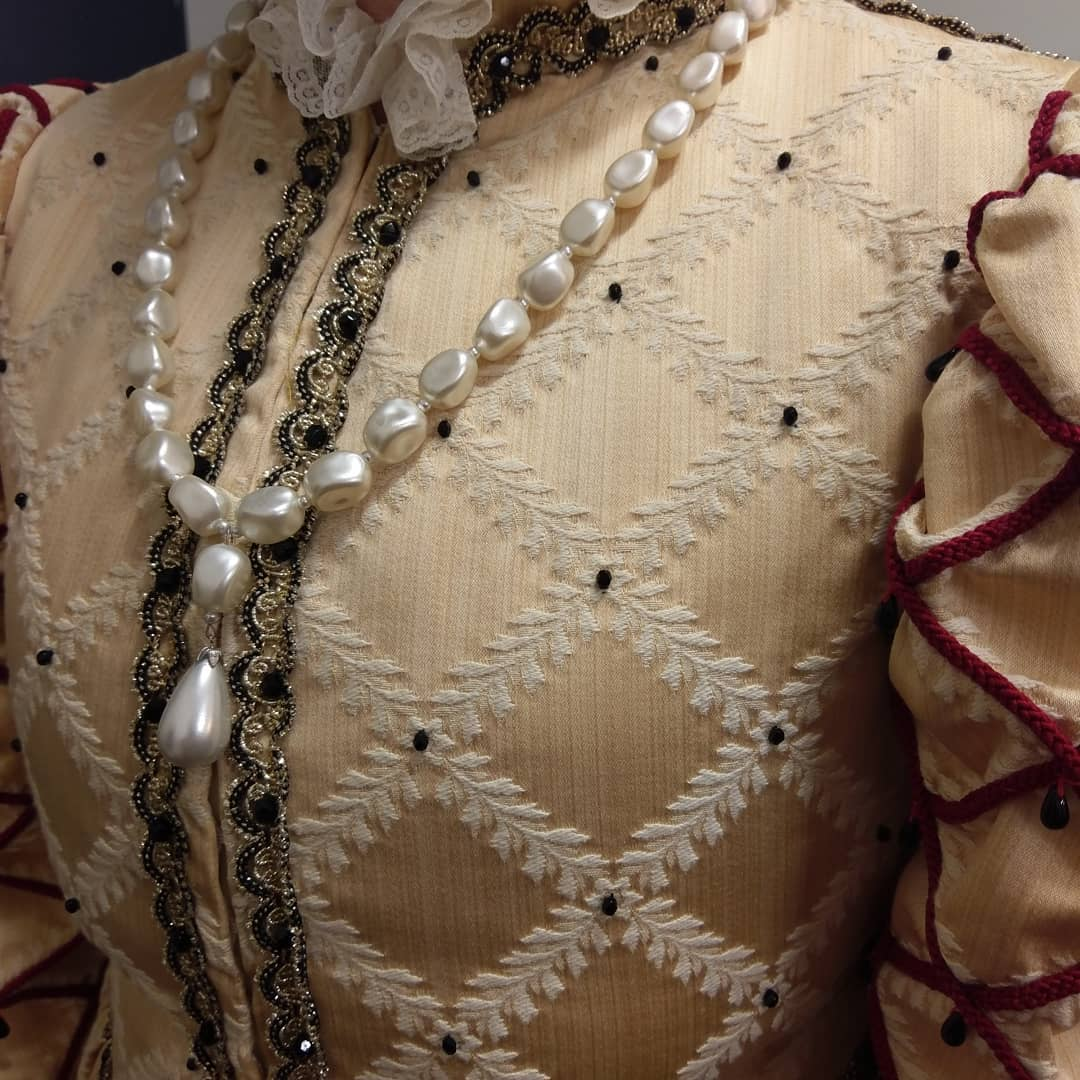 Tudor Brocade Female bodice