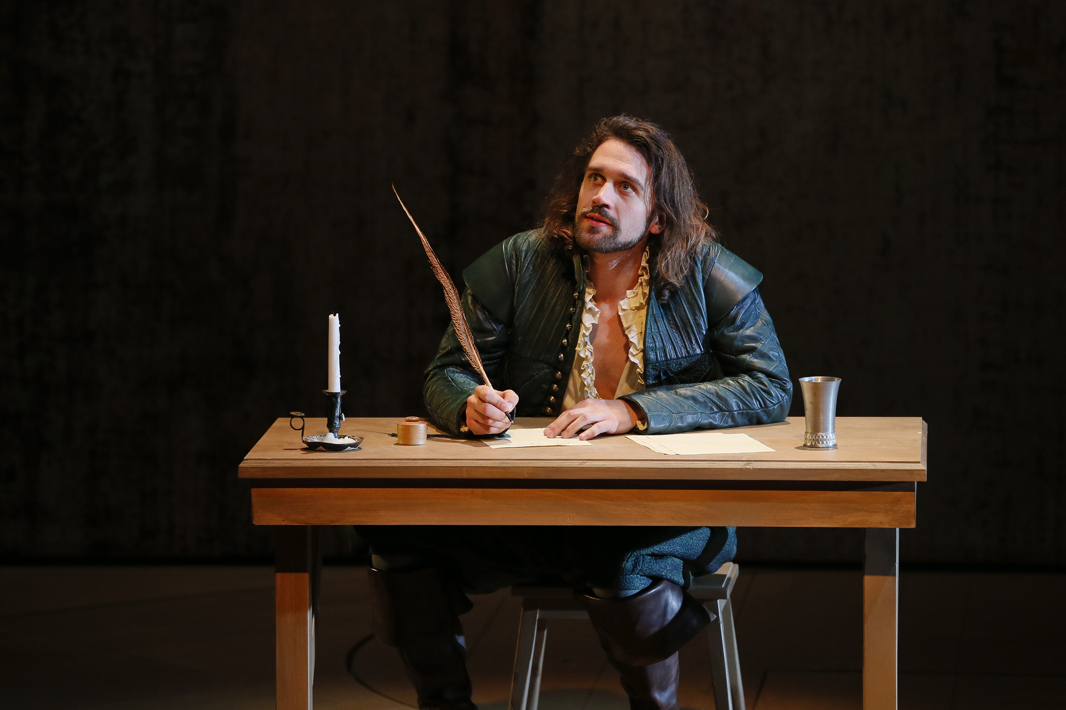 MTC SHAKESPEARE IN LOVE photo Jeff Busby_1029 Will The Writer
