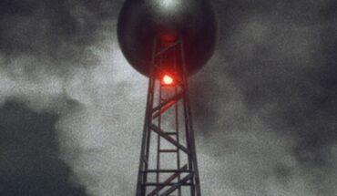 Darkfield Radio - The Plus Ones