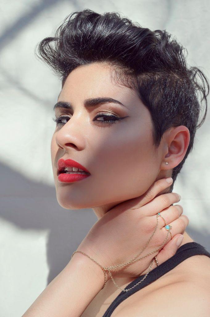 Montaigne (Jessica Cerro)
