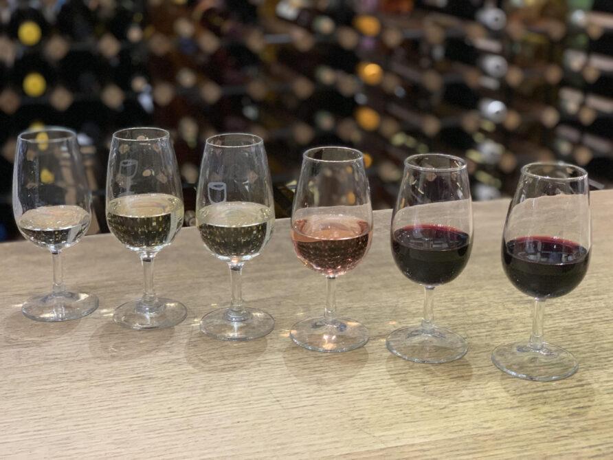 Angove Organic vegan wines - in glasses